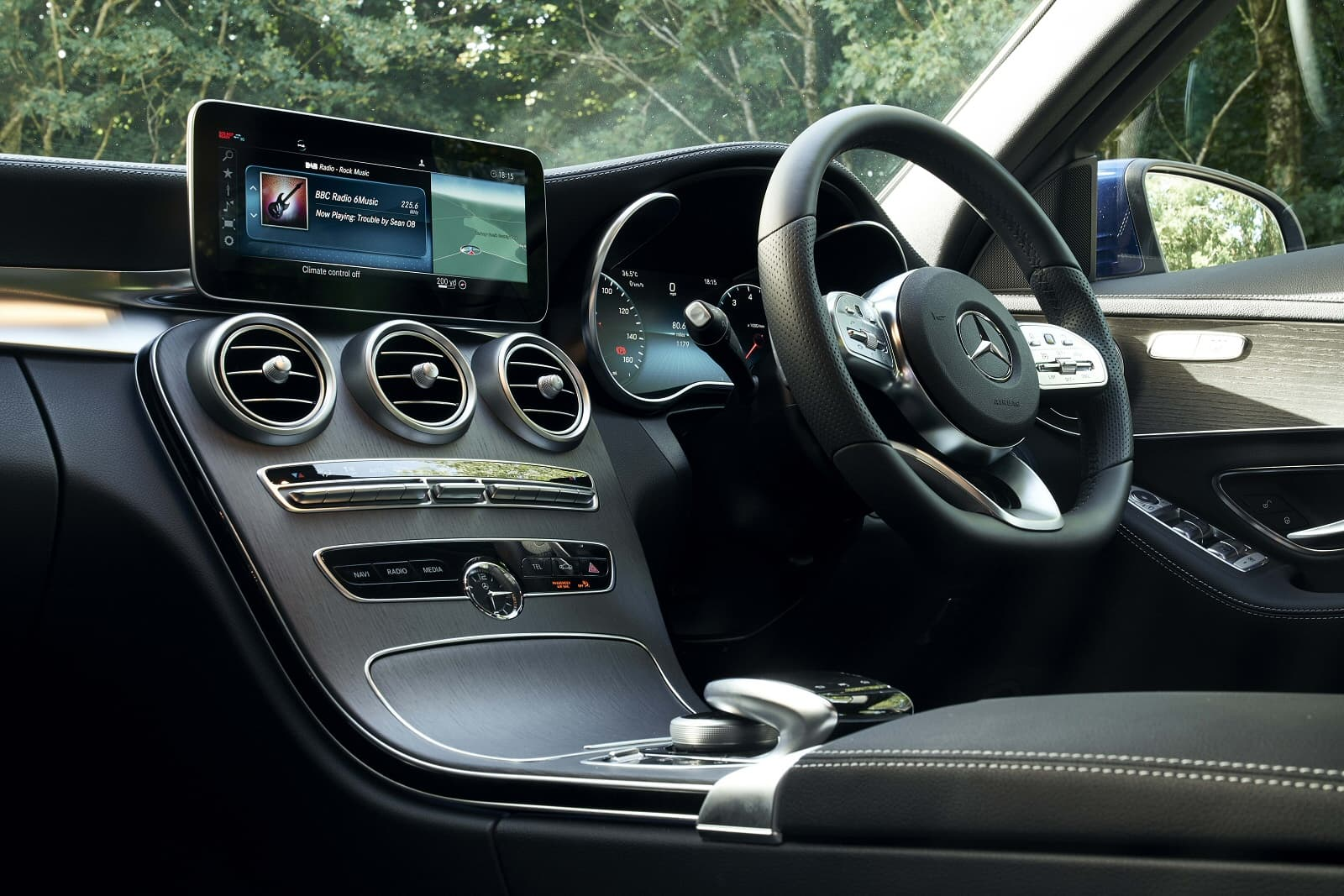 c_class_saloon_diesel_89678.jpg - C220d AMG Line Edition 4dr 9G-Tronic